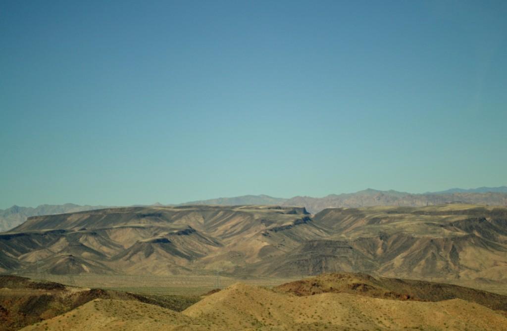 A paisagem desértica.