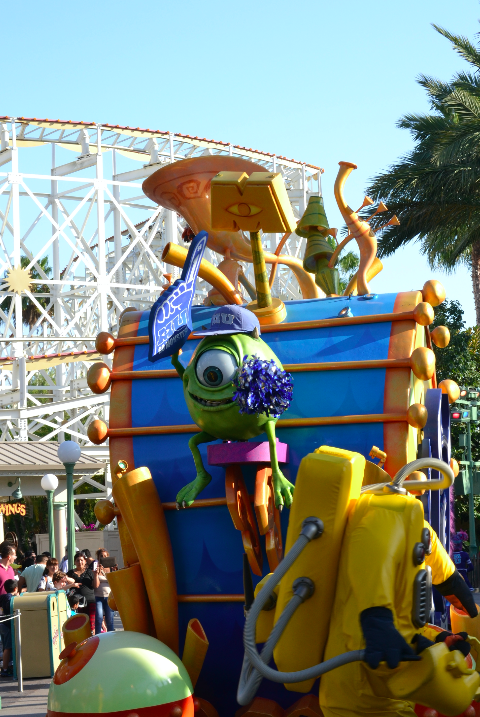 disney california parade