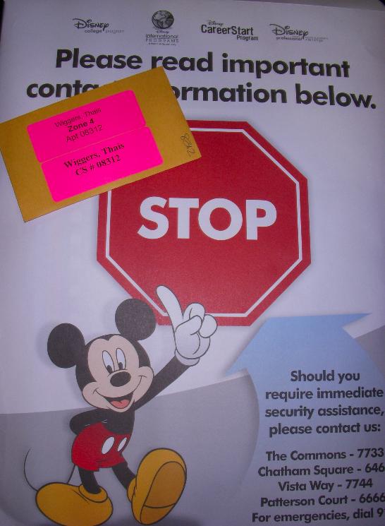 E mais um envelope com instruções e a chave do nosso apê!