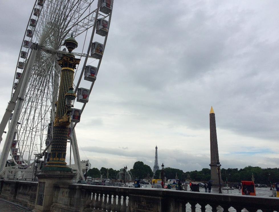 Place de la Concorde e o obeslisco que veio do Egito e tem mais de 3300 anos.