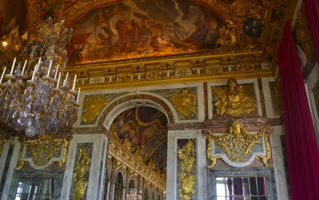 por dentro do palácio de versailles