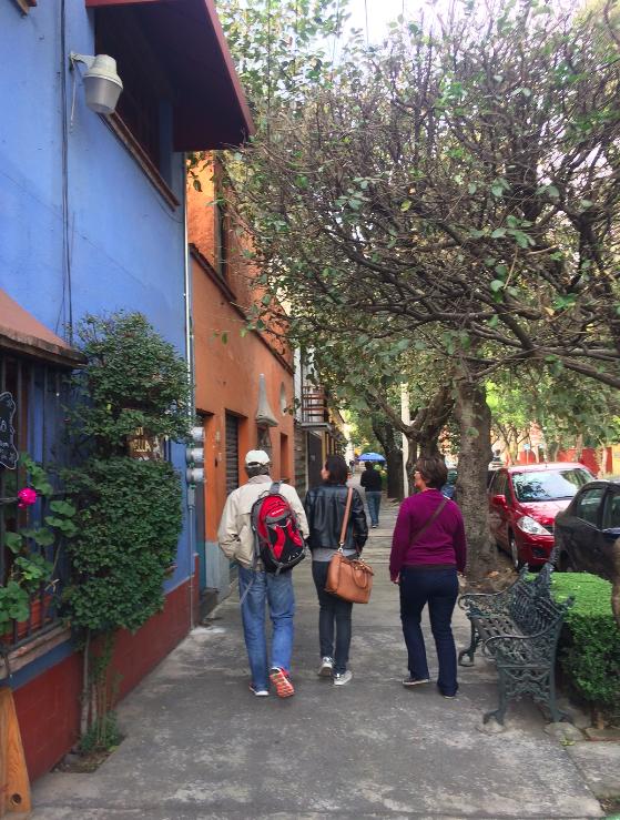 O bairro de Coyoácan é lindo, tranquilo e arborizado