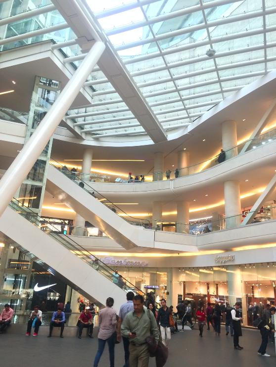 O shopping Reforma 222