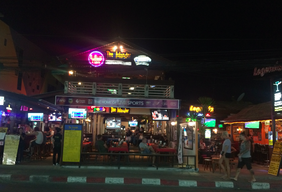 Pelas ruas de Koh Samui